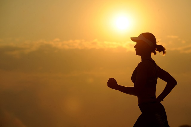 Female Runners: Nagging Injuries and your pelvic floor - is there a connection?
